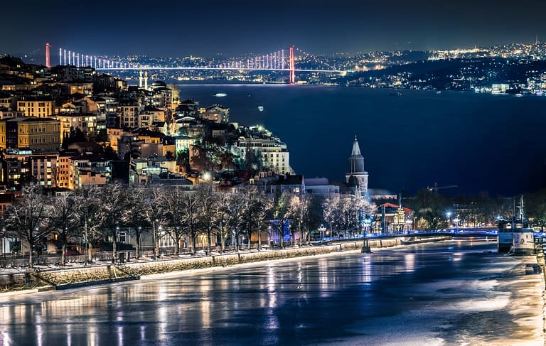 A composite photo of Turku and Istanbul made by Photoshop